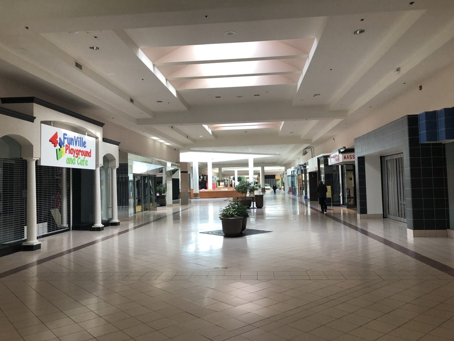 Chesapeake Square Mall 2019